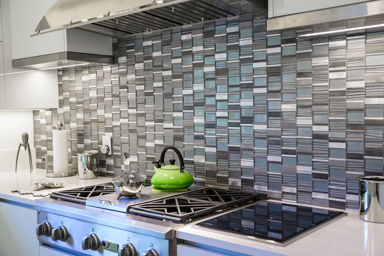 plytelių klijavimas virtuvėje