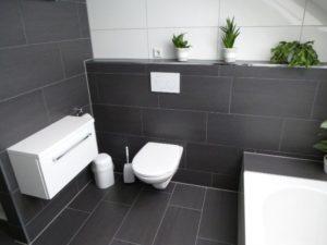 Plytelių Guru vonios darbo pavyzdys