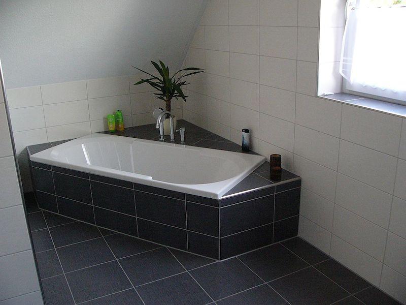 plytelių klijavimas vonioje